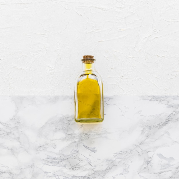 , How to Apply Hair Oil After Shower
