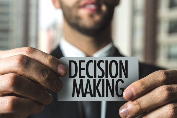 5 Powerful Decision Making Skills to Help You Make Decisions Fast