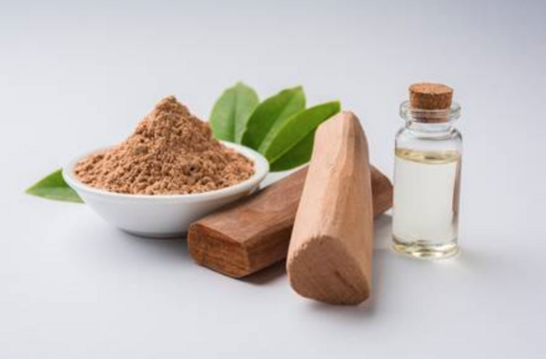 What is Herbal Oil? The Natural Alternative