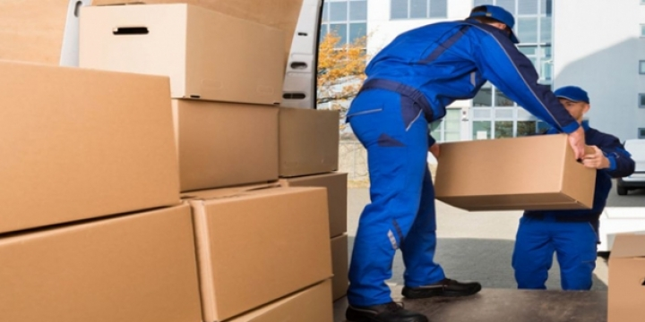Reason Why Should Hire Licensed And Professional Packers And Movers?