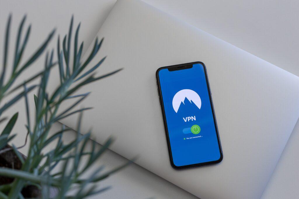 NordVPN vs Surfshark VPN Comparison Guide