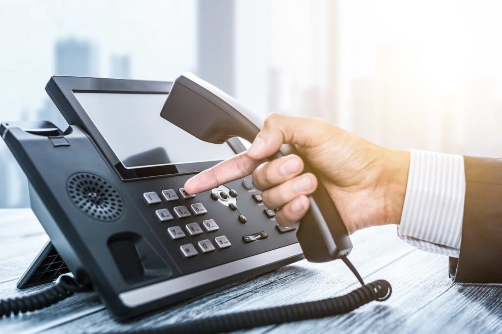 VoIP Business Phone System: Everything You Need to Know