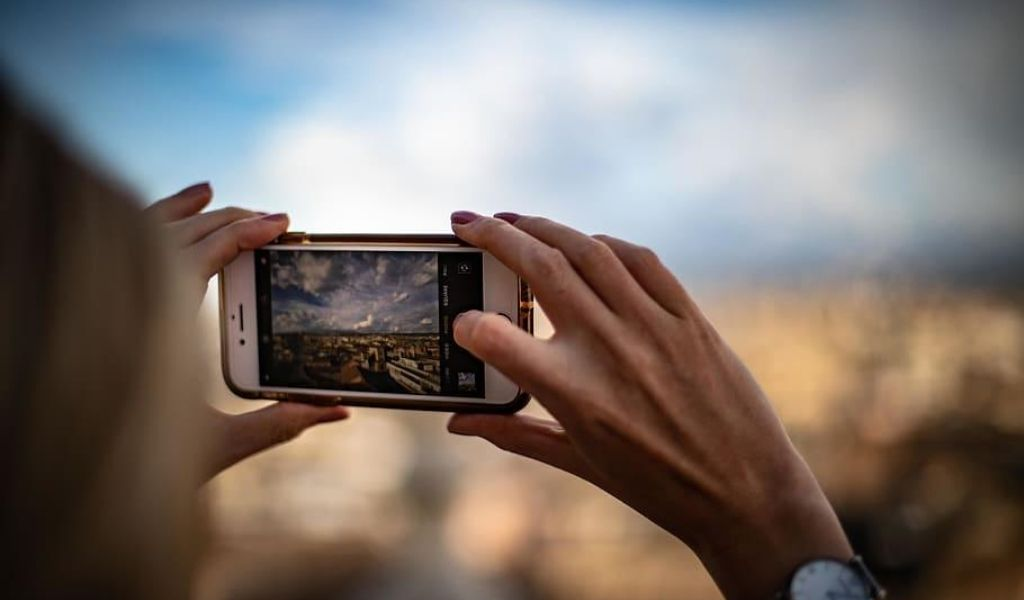 5 Reason Why You Should Start Vlogging in 2020