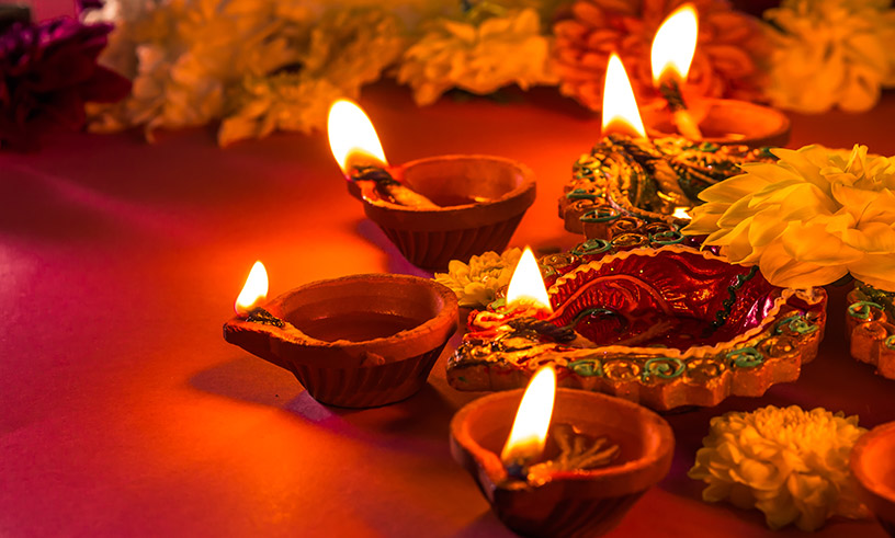 Tips To Celebrate This Diwali Safely With Your Little Kids, Tips  To Celebrate This Diwali Safely With Your Little Kids