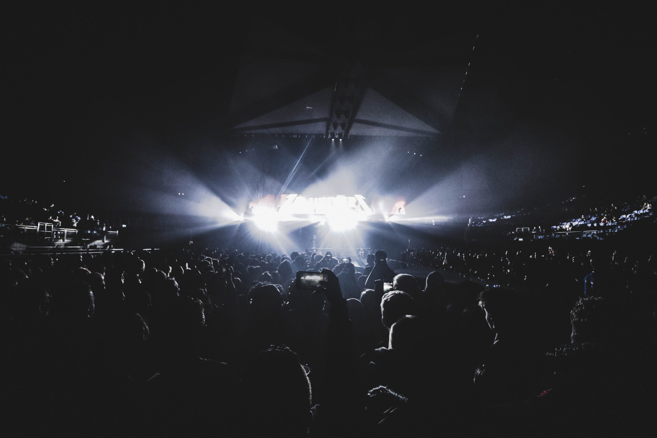 tage lighting installation, Hosting an Event: Make Sure to Prioritize Stage Lighting Installation