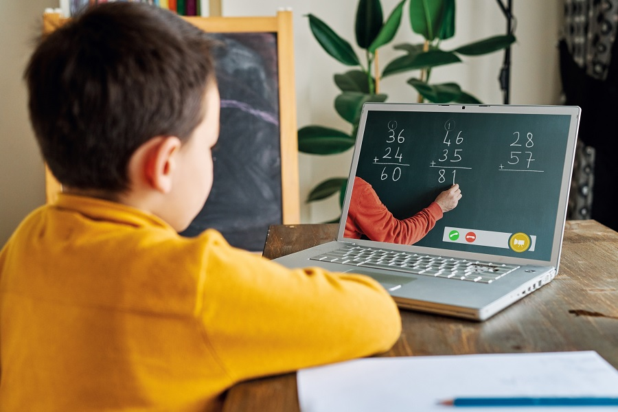 Reinventing e-learning for young kids