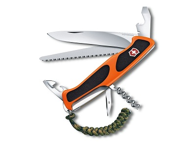 Six Reasons to Carry Swiss Army Knife Tools