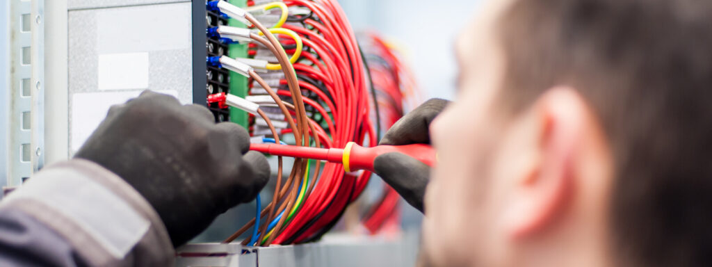 Well Trusted and Professional Electricians in London