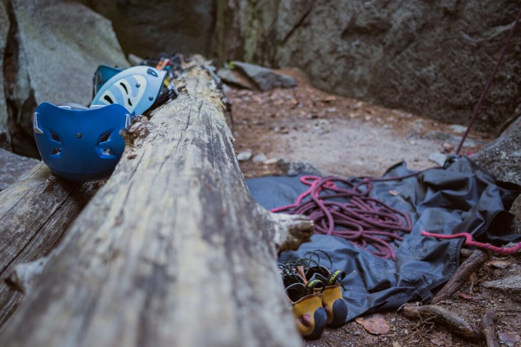 How to Choose the Best Mountain Climbing Shoes?