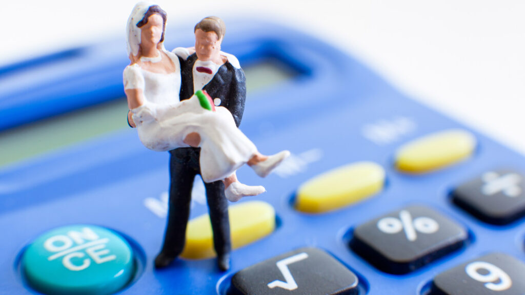 Factors To Consider Before Getting A Loan For Your Wedding