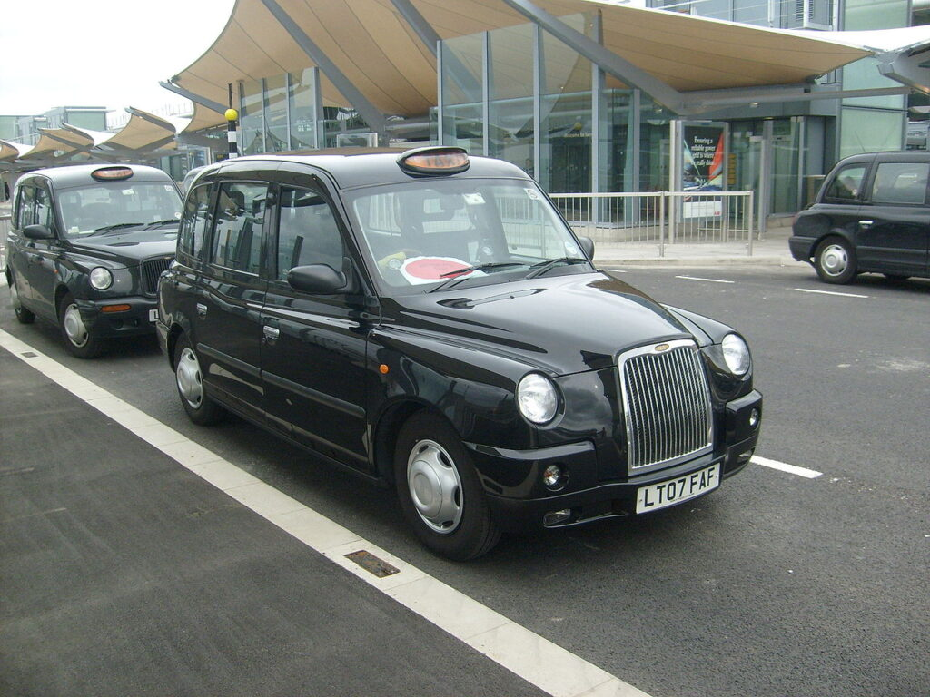 Airport Heathrow Taxi – Affordable and Easy to Book