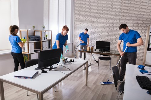 home and commercial deep cleaning services