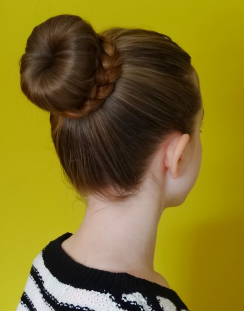 How to Put a Bun in Your Hair