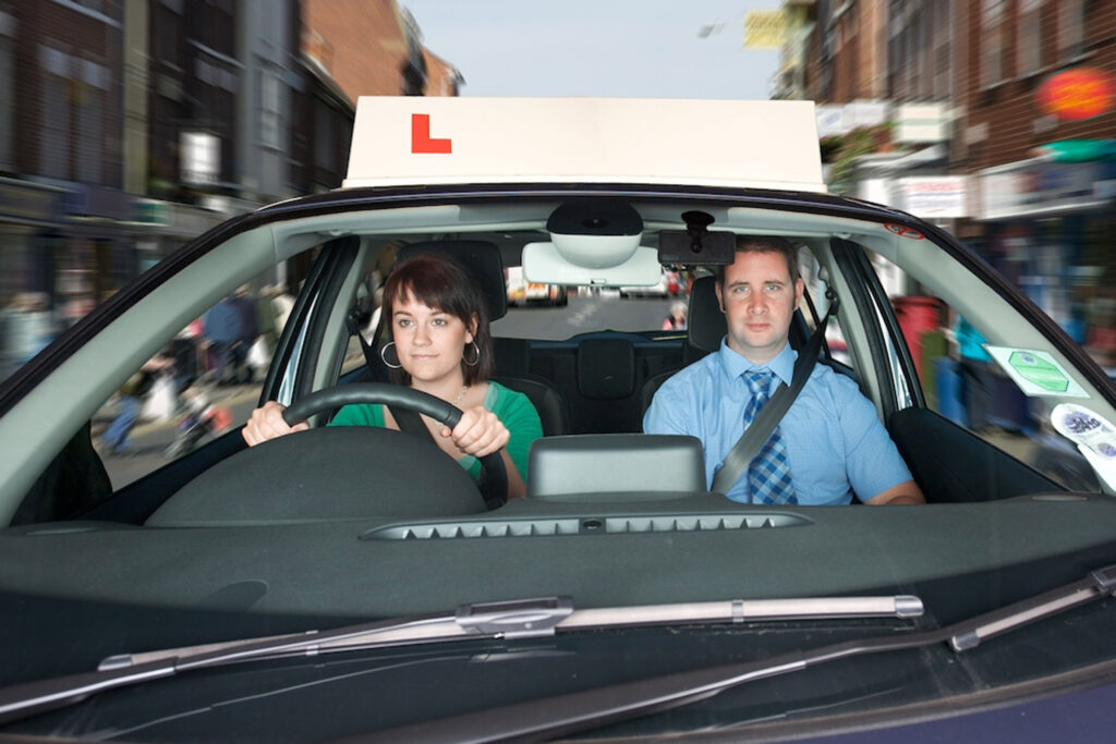 Driving lessons in Kingston