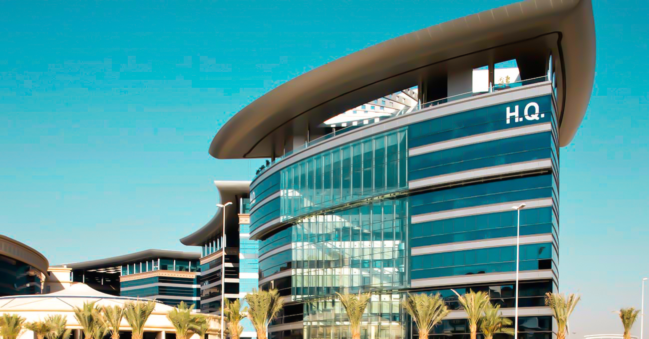 Free Zone Company, Starting a UAE Free Zone Company? Here are the Benefits and Drawbacks