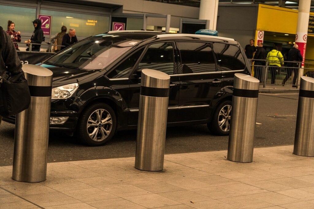 Taxi to Gatwick Airport
