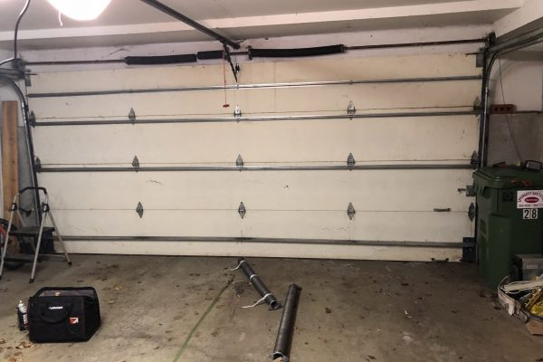 Three Reasons Why You must Employ Garage Door Repair Services