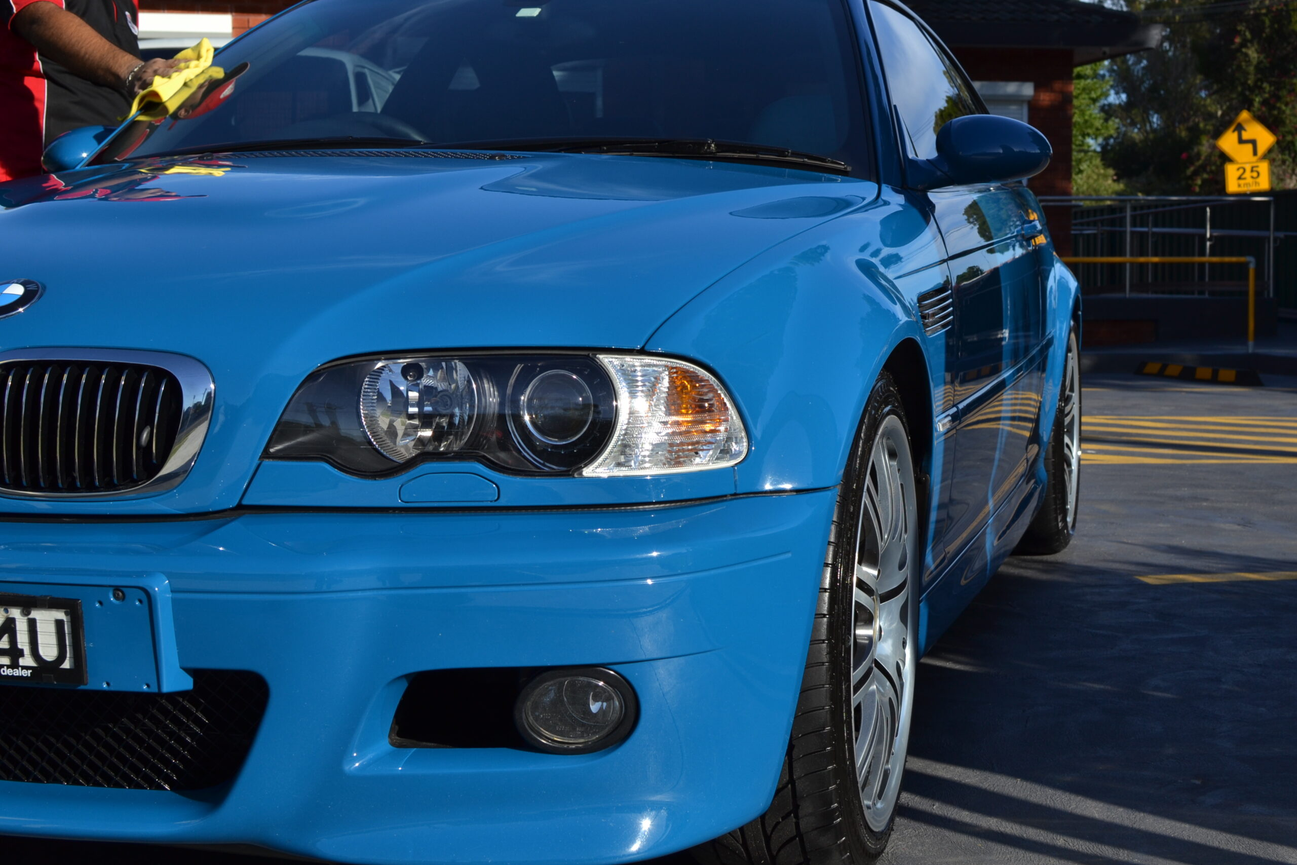 What Are the Advantages of Ceramic Coating Near Me?
