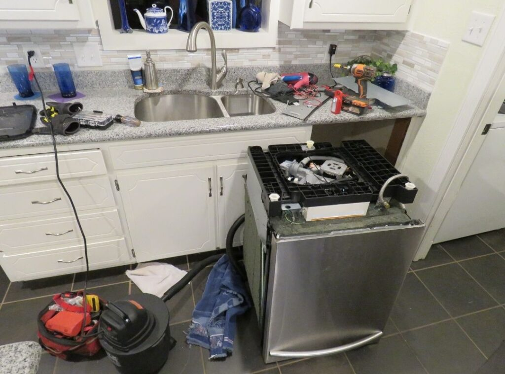 Telltale Signs You Need of Professional Dishwasher Repair Service Providers In Dubai