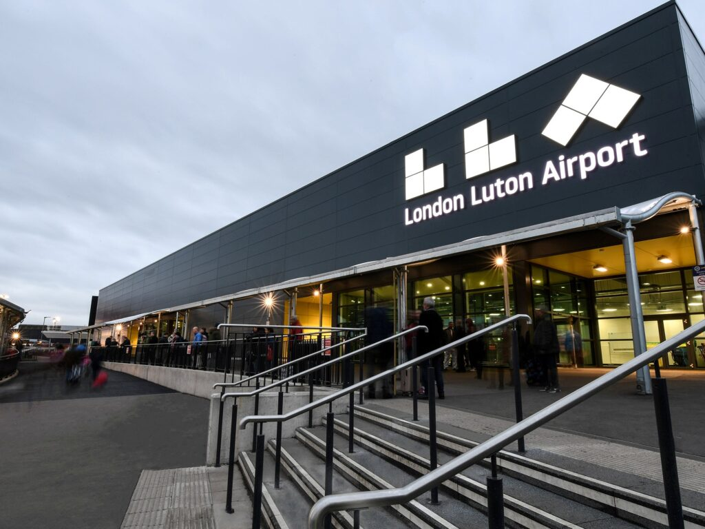 Questions Asked by People About Luton Airport Transfers