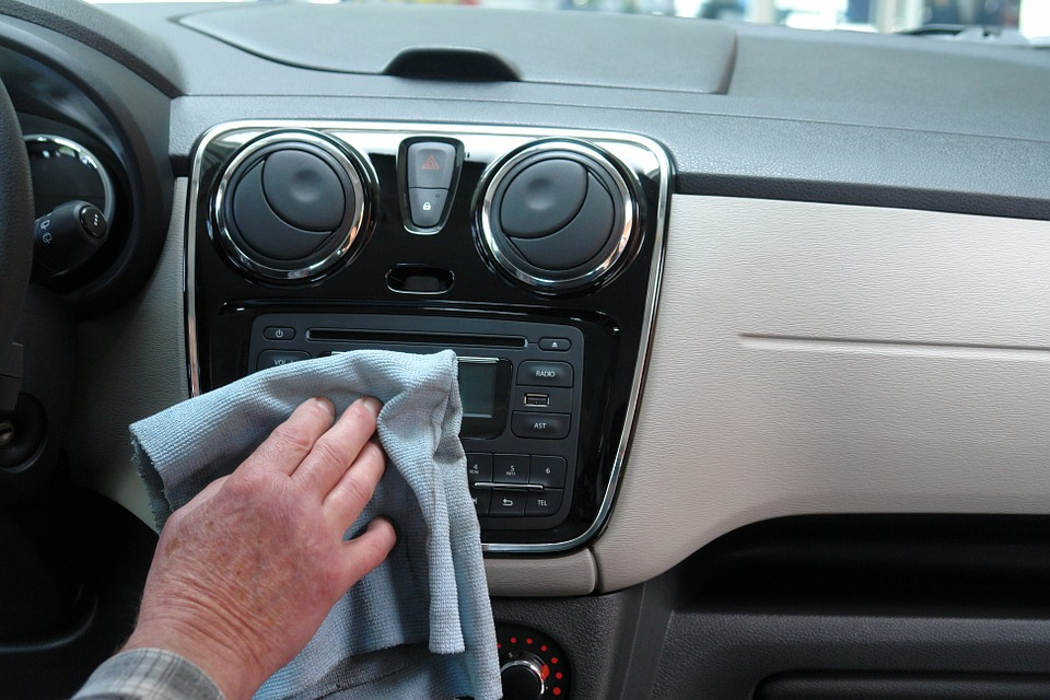 Tips to Make Your Car Interior Clean and Smell Fresh