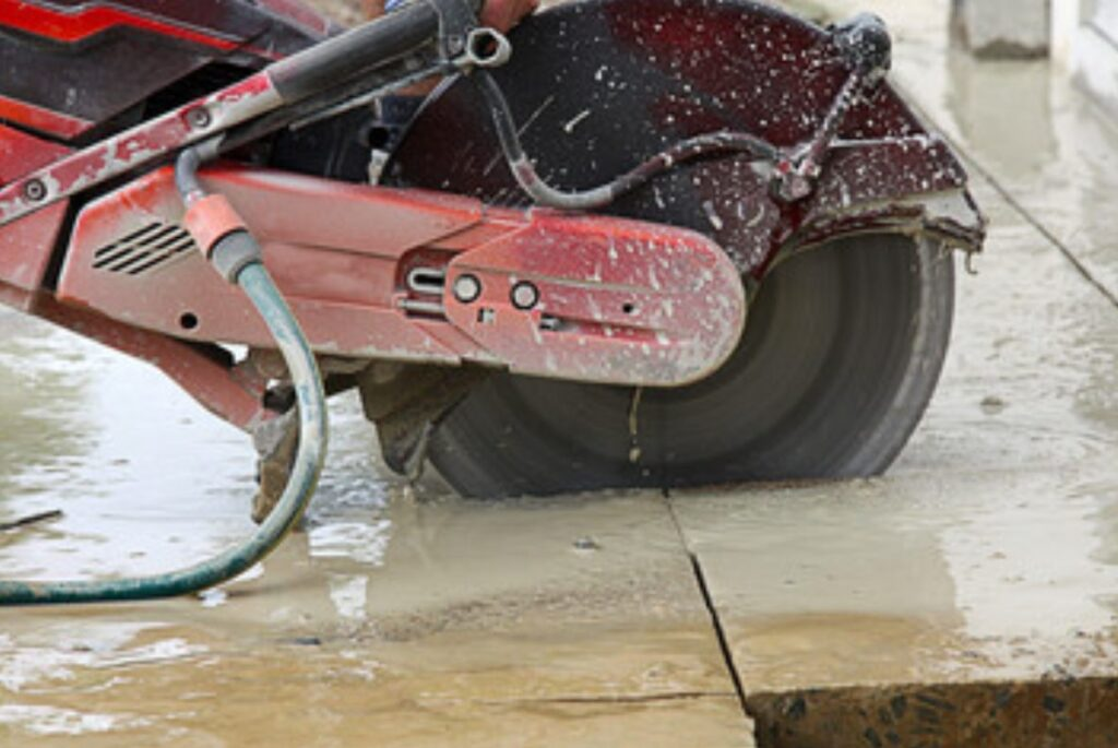 Reasons Why You Need to Hire the Concrete Cutting Services