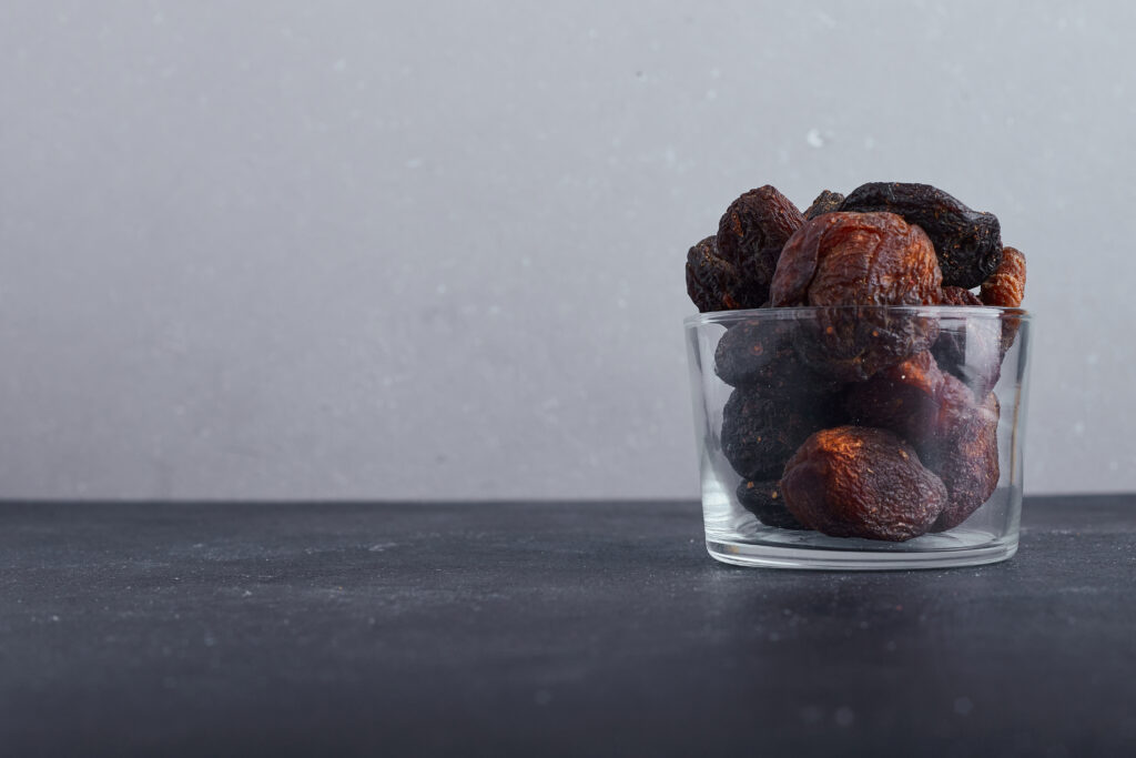 Prunes uses for Relieves constipation