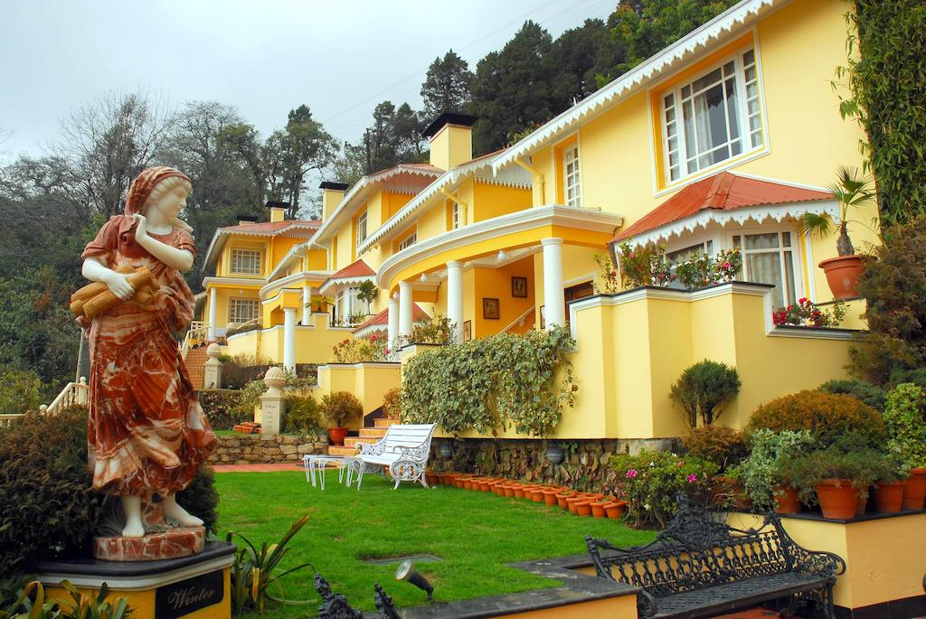 Book Plush Hotel In Darjeeling To Enjoy Your Vacation