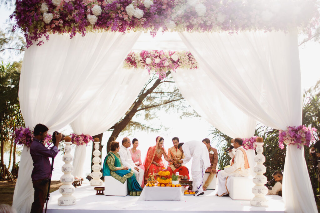 6 Reasons Why a Destination Wedding is Preferred Over the Traditional Wedding