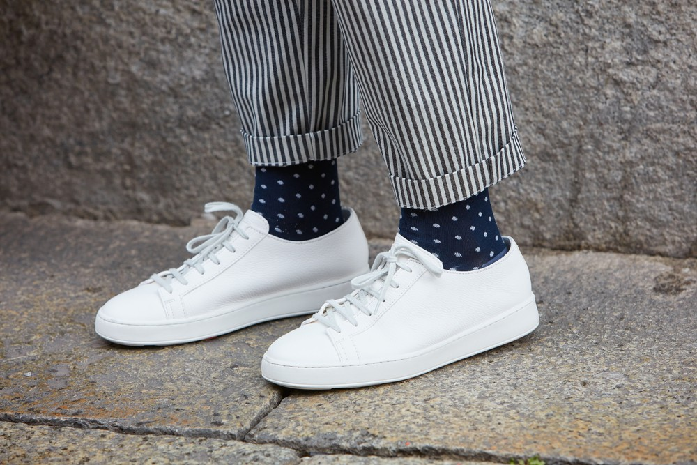 WHAT TYPE OF SOCKS TO WEAR WITH SNEAKERS?
