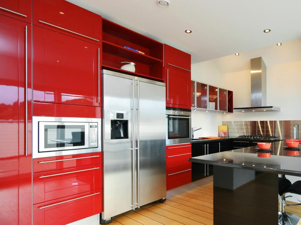 Top 5 Benefits of Hiring Professional Cabinet Painters