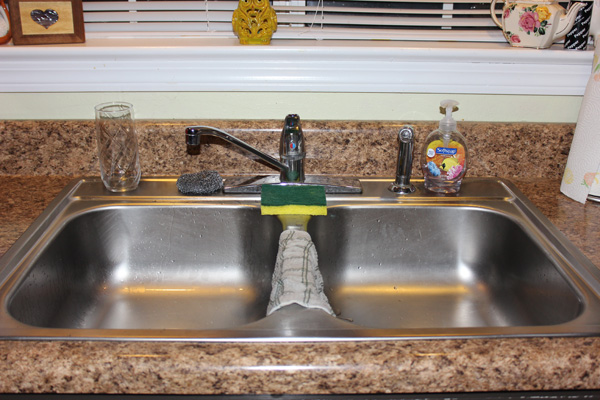 Pros & Cons of Each Kitchen Sink