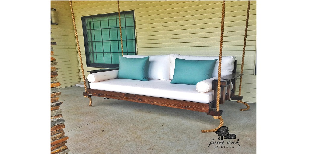 How Your Home Can Benefit From a Beautiful Daybed Swing