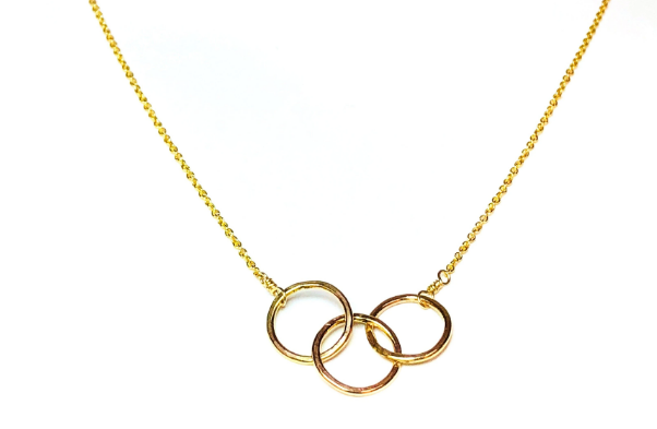 Celebrate Friendship With These BFF Friendship Necklaces