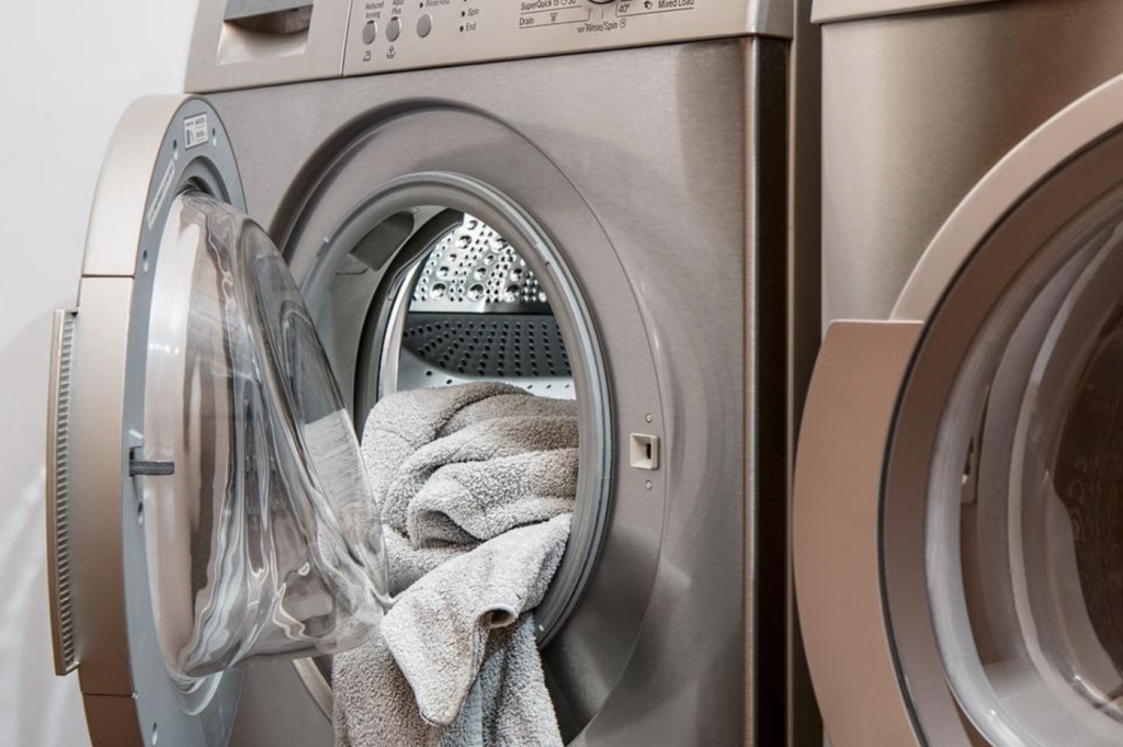 5 Tips To Use Washing Machine To Save Time & Money