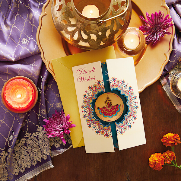 Make this Dhanteras special for your sweet Mother with these unique tips!