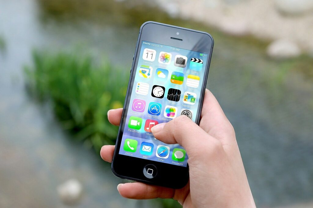 Do Greater Productivity and Smartphones Go Together?