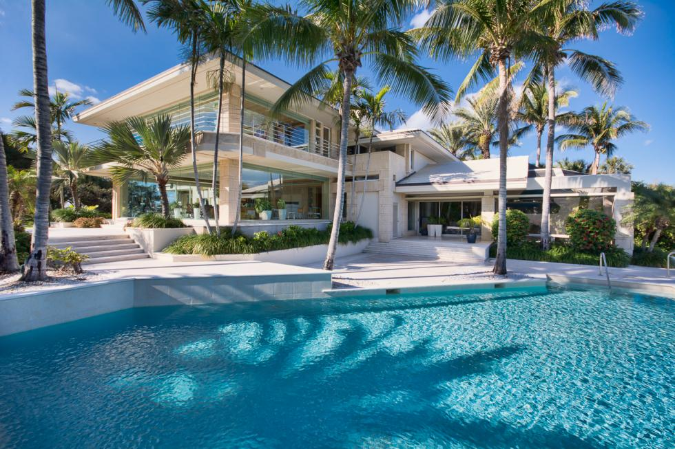 Would You Like to Acquire a Property in Florida? Learn What Real Estate Law in Florida Is All About