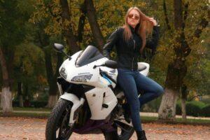 Women's motorcycle riding gear