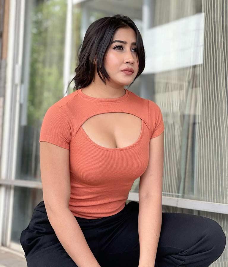 Sofia Ansari tiktoker1